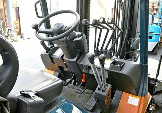 forklift-seat