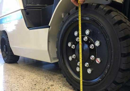Forklift-Tires